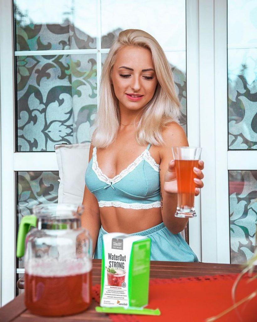 SlimJoy je chutná a přírodní alternativa hubnutí a očištění těla.