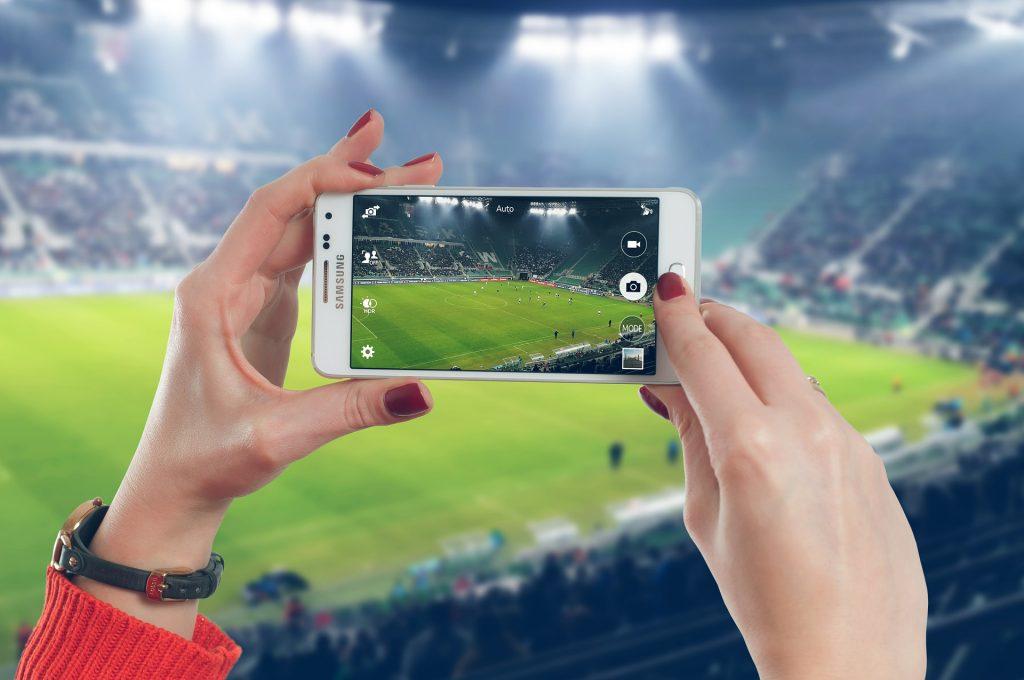 Uchovejte si všechny zážitky díky chytrým telefonům Samsung.